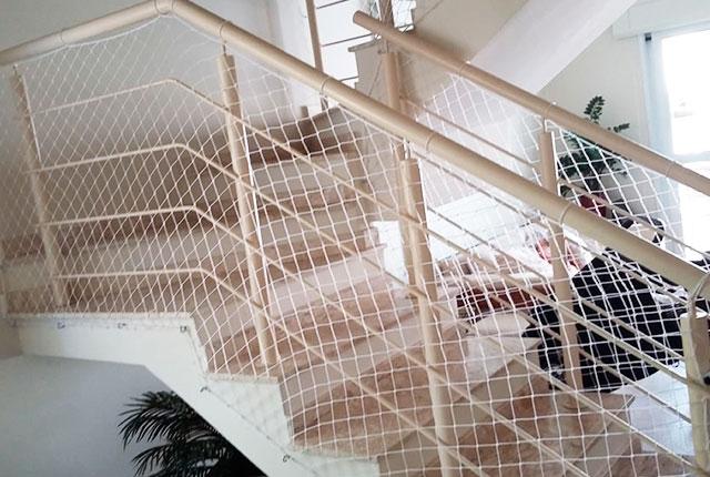 serv-escada